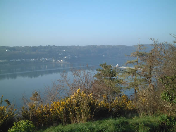 Menai Strait (Afon Menai) on a sunny Sunday in March 2012